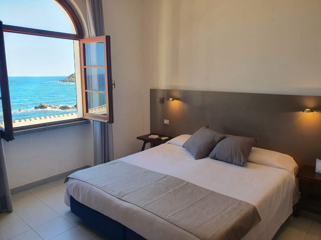 rooms-superior-hotel castelsardo sardinia on the sea